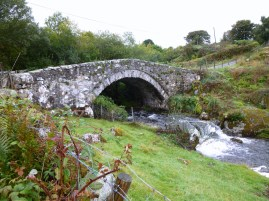 Bridge on road to Rowen