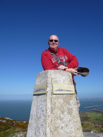 2WØIOB at summit of Holyhead Mountain