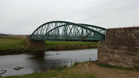 River Isla bridge