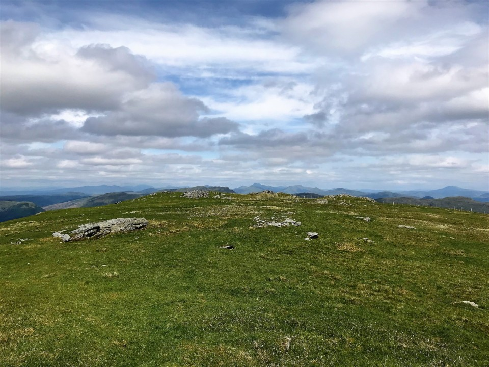 Summit plateau looking north